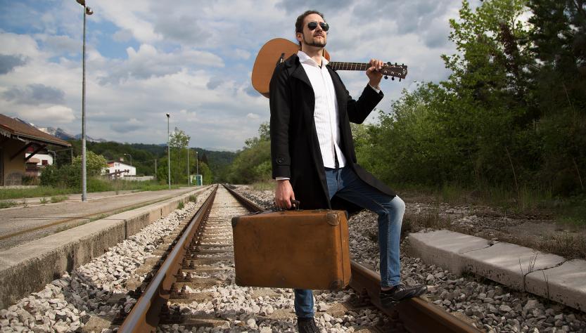 John Wise - Il Musicista Torna alla Ribalta con il Nuovo Album.